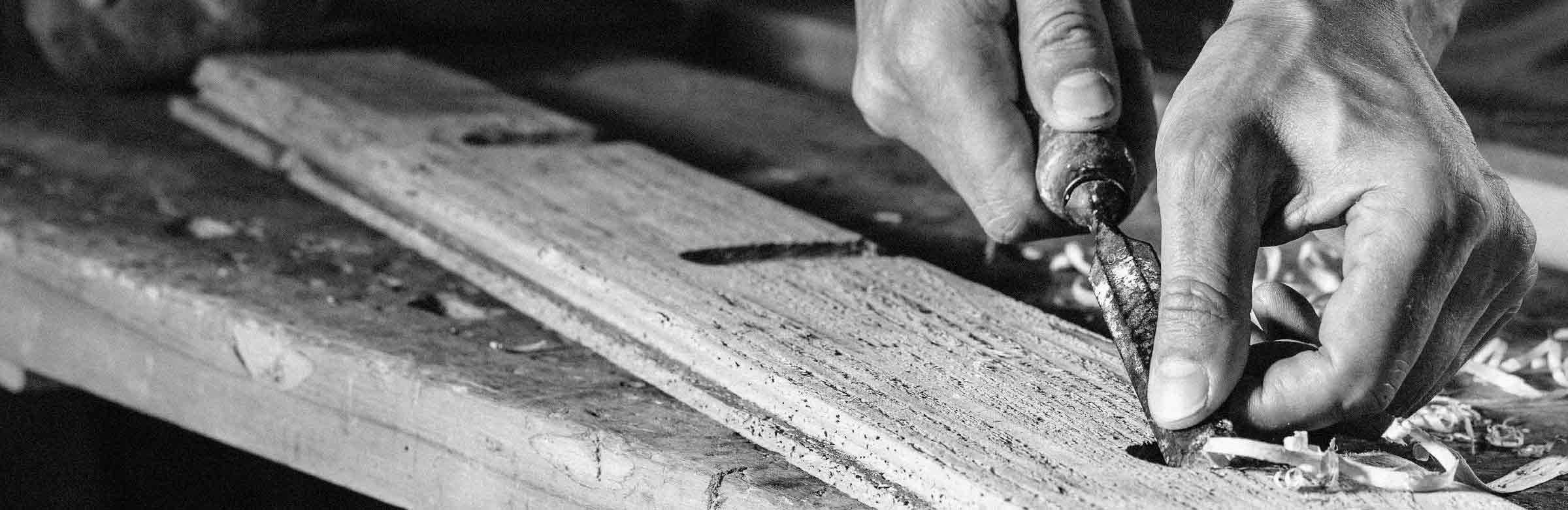 Slide_Wood-Tailors-1